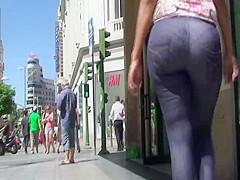 Big booty mulata nice walk sample clip from GLUTEUS DIVINUS