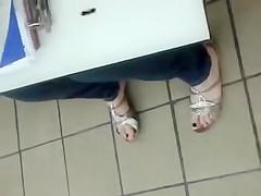 Public Feet 128