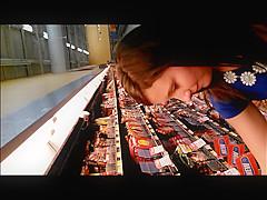 Teens legs shopping