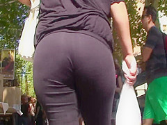 candid booty in black lycra