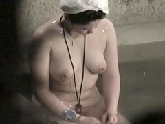 Fatty Asian natural boobs on the spy cam in the sauna nri095 00