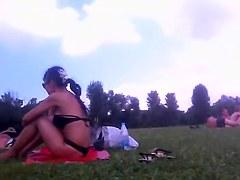 Voeyer video of bimbo in sexy bikini on the beach PICT0015