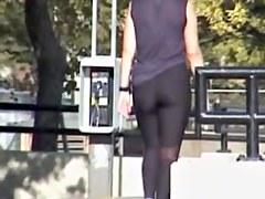 Slender girl got on the candid voyeur video scenes 01e