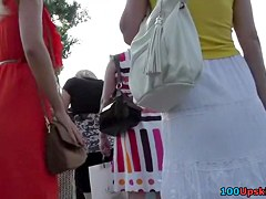 Hawt blond in real street upskirt vid