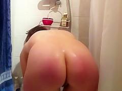 Amateur milf takes a shower in hidden cam solo vide