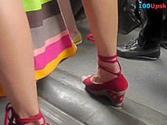 Flabby ass under mini skirt in sexy upskirts video