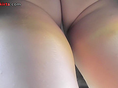 Free upskirt video shows an amazing flabby ass