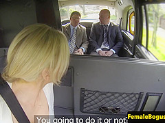 dame cabbie spitroasted in her taxi