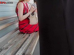 Hot candid upskirt vid shows amazing flabby bum