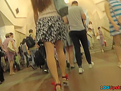 upskirting vid of a gal with thong splitting her ass