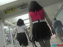 brunettes skinny ass under mini skirt in upskirt clip