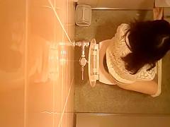 Public toilet ceiling catches women pissing