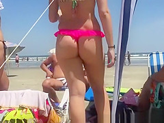 sexy asses chicks in bikini thongs