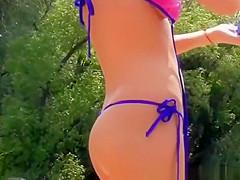 Sexy teen with great ass in small bikini