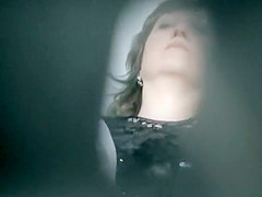Voyeur spies woman in gynecologist office