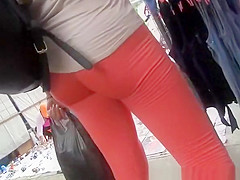 chick in red leggings great cameltoe