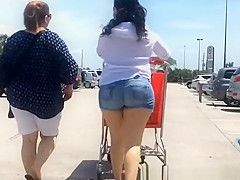 Big ass latin chick in tight jeans shorts