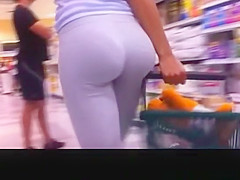 Best curvy Ass in supermarket