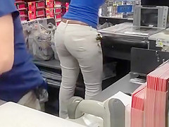 ebony ass in tight pants