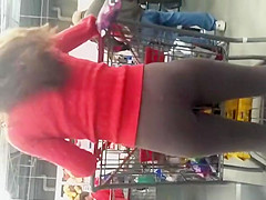 great ass teen in leggings at supermarket