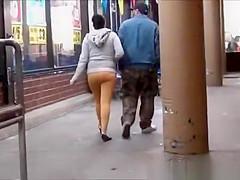 Big ass yellow leggings shopping