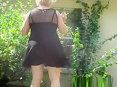 Windy Upskirt