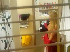 Window Peek College Girl