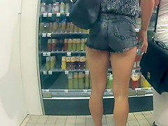 Creepshot of sexy muscular legs and ass