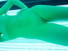 Voyeur got close to her during tanning