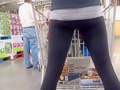 Stance of a sexy prisoner