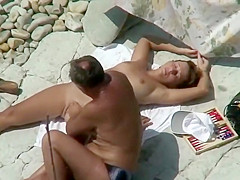 Older guy fucks a younger woman