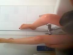 Peeping on her masturbating in a bath
