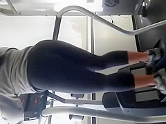 Tempting ass spied during gym running