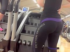 Super firm big buttocks in tights