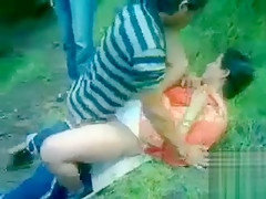 Two old men share a Desi harlot in the city park