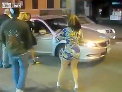 Street quarrel with the bootylicious senorita