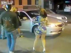 Street quarrel with the bootylicious senorita
