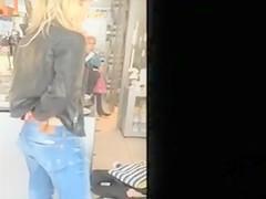 Sexy ass crack filmed in secret