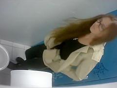 Spreading her asscheeks wide open