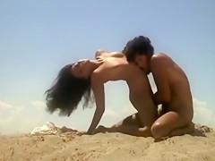 Erotic drama in the desert