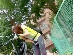 Sporty Japanese biker wets her tights with piss