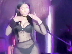 Booty shaking rapper and her dancers
