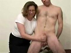Older whore likes to jerk stranger. Dilettante Mature