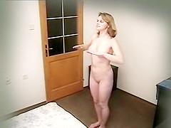Privacy Invasion Christina Voyeur 02