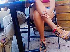 Latina sexy thick legs