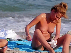 Voyeur Beach Hot Amateur Topless MILFs - Spy Cam HD Video