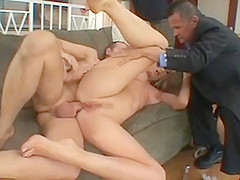 Blonde chick gets her pussy pounded