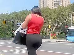 Spandex Bubble Ass Latina Milf