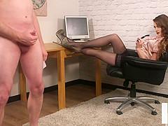CFNM spex voyeur giving british instructions