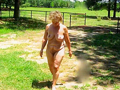 Seemoramee, Mature Nude Female Non-sexual activities